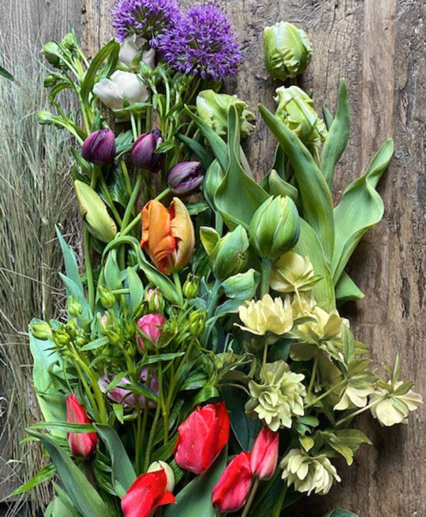 the wunderkammer flower workshop